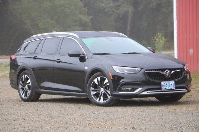 2018 Buick Regal TourX for sale in Newport, OR