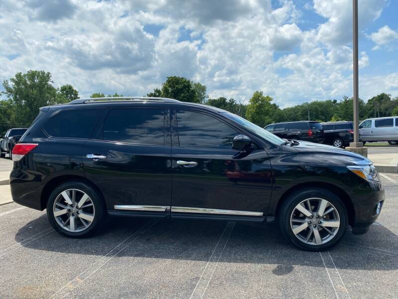 2014 Nissan Pathfinder for sale at Rick's R & R Wholesale, LLC in Lancaster OH