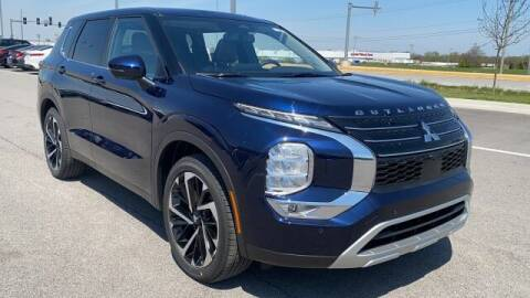 2022 Mitsubishi Outlander for sale at Napleton Autowerks in Springfield MO