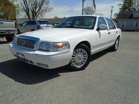2007 Mercury Grand Marquis for sale at Total Eclipse Auto Sales & Service in Red Bud IL