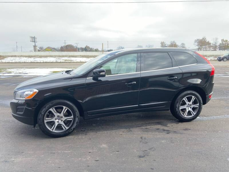 2013 Volvo XC60 for sale at Zarate's Auto Sales in Caledonia WI