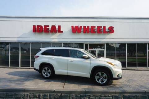 2016 Toyota Highlander for sale at Ideal Wheels in Sioux City IA