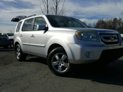 2011 Honda Pilot for sale at GLOVECARS.COM LLC in Johnstown NY