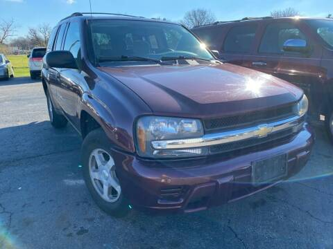 2006 Chevrolet TrailBlazer for sale at Lakeshore Auto Wholesalers in Amherst OH