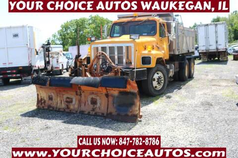 2000 International 2654 for sale at Your Choice Autos - Waukegan in Waukegan IL