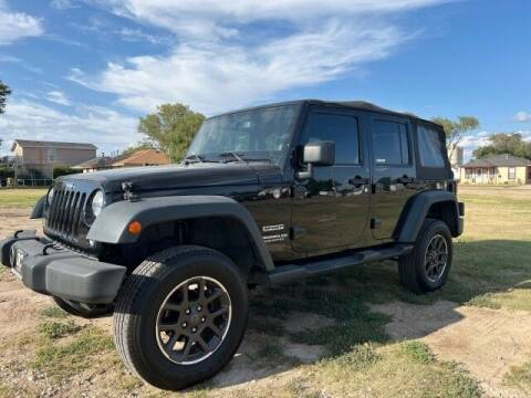 2014 Jeep Wrangler Unlimited for sale at Bulldog Motor Company in Borger TX