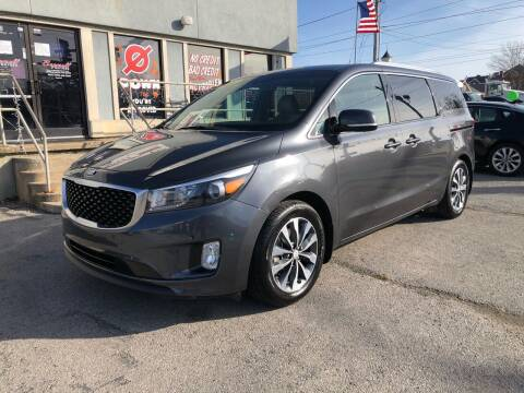 2016 Kia Sedona for sale at Bagwell Motors Springdale in Springdale AR