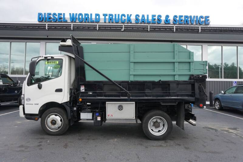 2017 Hino 195 for sale at Diesel World Truck Sales in Plaistow NH