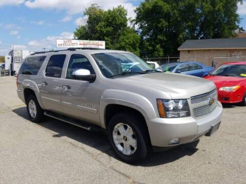 2008 Chevrolet Suburban for sale at Dave Ducharme's Auto Sales in Lowell MA