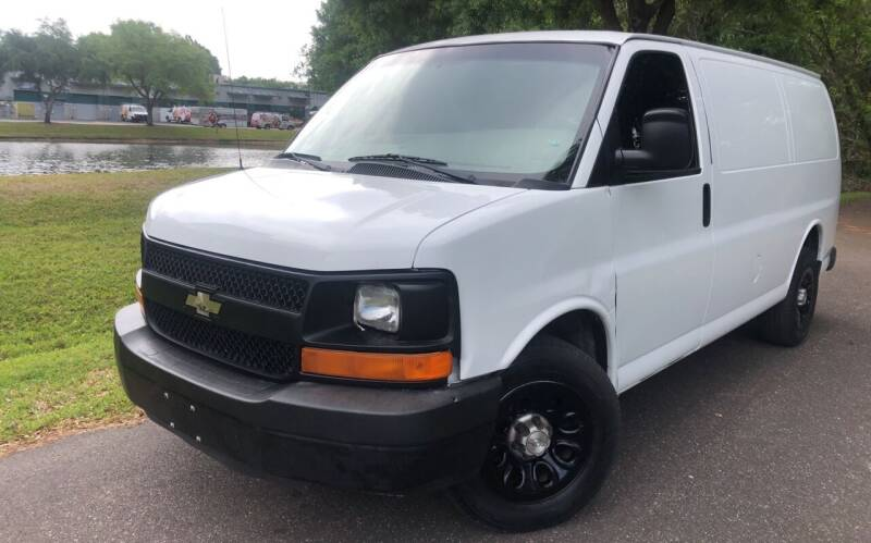 2009 Chevrolet Express Cargo for sale at Powerhouse Automotive in Tampa FL
