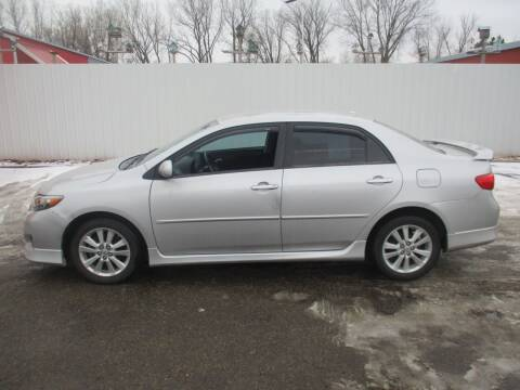 2009 Toyota Corolla for sale at Chaddock Auto Sales in Rochester MN