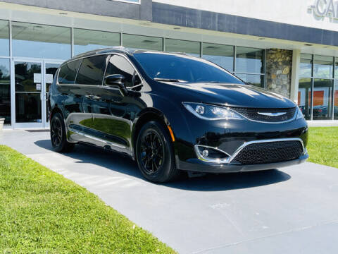 2020 Chrysler Pacifica for sale at RUSTY WALLACE CADILLAC GMC KIA in Morristown TN