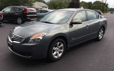 2009 Nissan Altima Hybrid for sale at Delafield Motors in Glenville NY