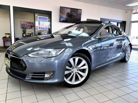 2014 Tesla Model S for sale at SAINT CHARLES MOTORCARS in Saint Charles IL