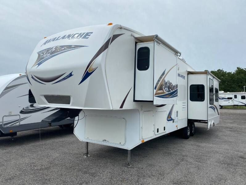 2013 Keystone Avalanche for sale at Ezrv Finance in Willow Park TX