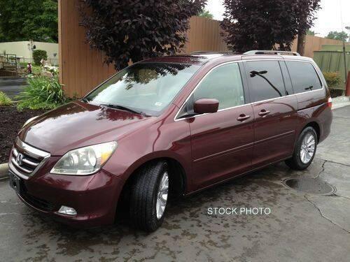 2007 Honda Odyssey Touring 4dr Mini-Van w/DVD and Navi - Quincy IL