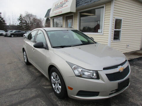 2013 Chevrolet Cruze for sale at U C AUTO in Urbana IL