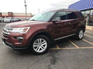 2018 Ford Explorer for sale at CITY SELECT MOTORS in Galesburg IL