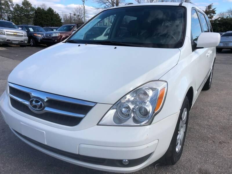 2007 Hyundai Entourage for sale at Atlantic Auto Sales in Garner NC