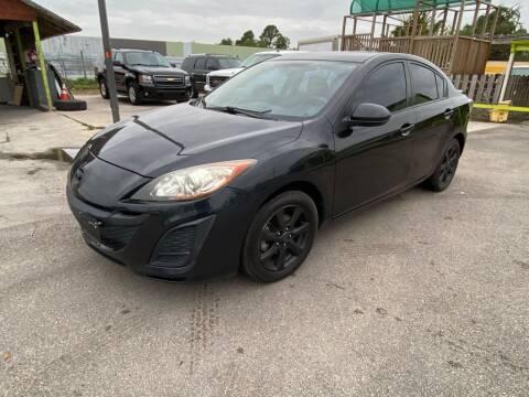 2011 Mazda MAZDA3 for sale at RODRIGUEZ MOTORS CO. in Houston TX