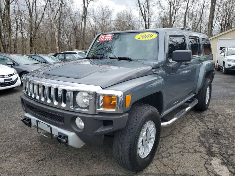 2009 HUMMER H3 for sale at CENTRAL AUTO GROUP in Raritan NJ