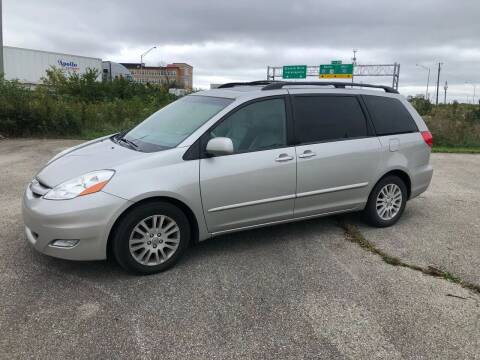 2008 Toyota Sienna for sale at Certified Auto Exchange in Indianapolis IN