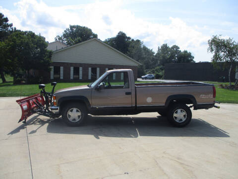 1996 Chevrolet C/K 1500 Series for sale at Lease Car Sales 2 in Warrensville Heights OH
