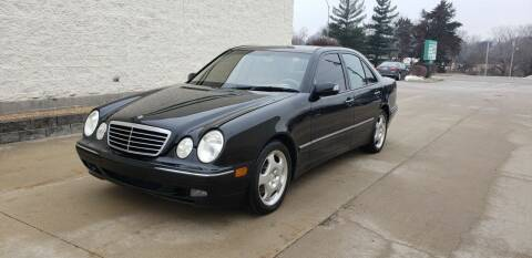 2001 Mercedes-Benz E-Class for sale at Auto Choice in Belton MO