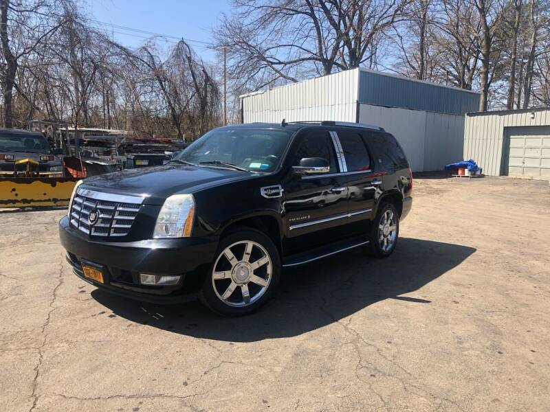 2009 Cadillac Escalade Hybrid for sale at Affordable Cars in Kingston NY