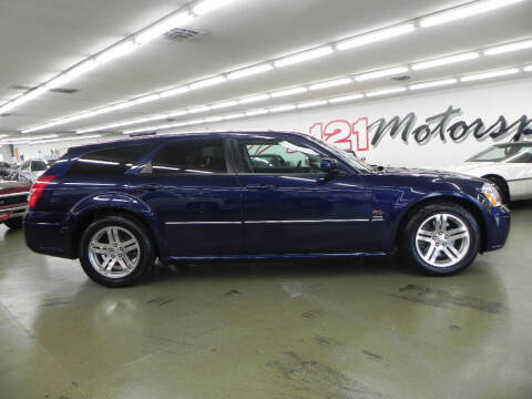 2005 Dodge Magnum for sale at 121 Motorsports in Mt. Zion IL