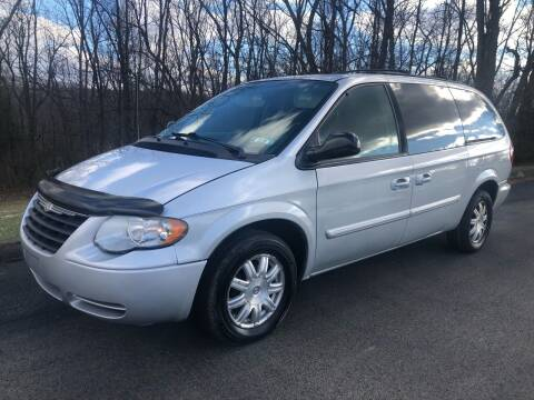 2006 Chrysler Town and Country for sale at Hutchys Auto Sales & Service in Loyalhanna PA