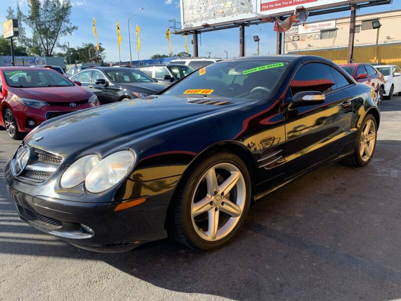 2005 Mercedes-Benz SL-Class for sale at AUTO ALLIANCE LLC in Miami FL