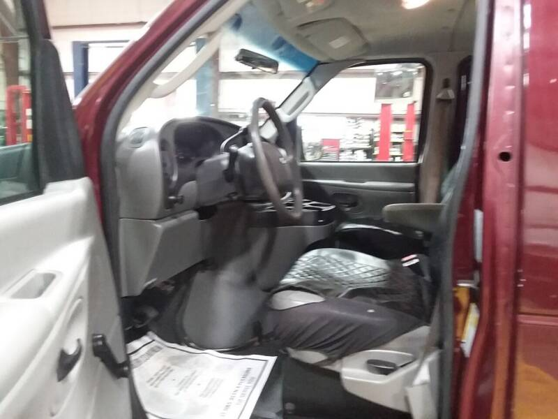 2007 Ford E-Series Wagon E-350 SD XL 3dr Extended Passenger Van - Phillipston MA