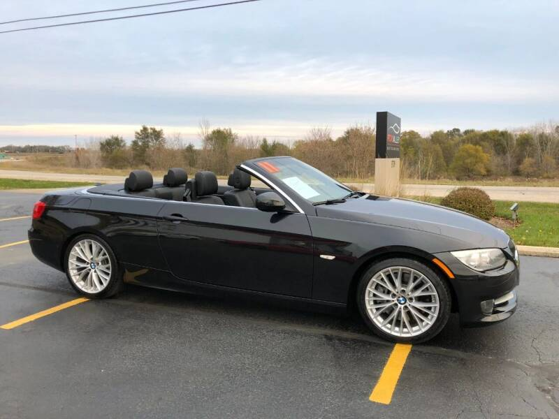2011 BMW 3 Series for sale at Fox Valley Motorworks in Lake In The Hills IL