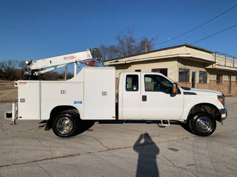2014 Ford F-350 Super Duty for sale at V Automotive in Harrison AR