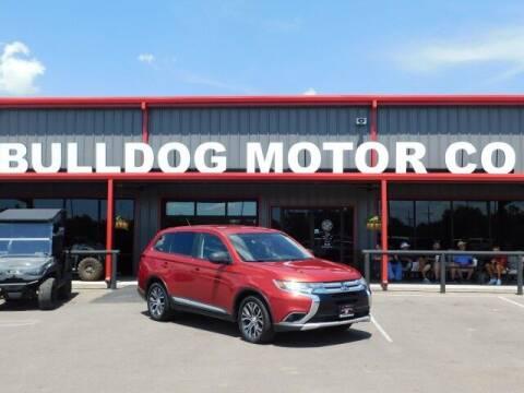 2016 Mitsubishi Outlander for sale at Bulldog Motor Company in Borger TX