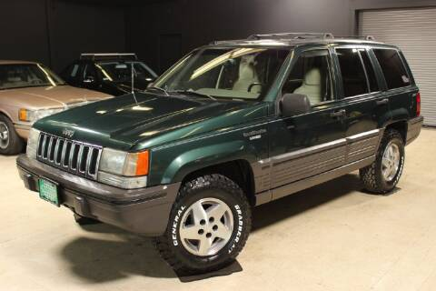 1993 Jeep Grand Cherokee for sale at AUTOLEGENDS in Stow OH