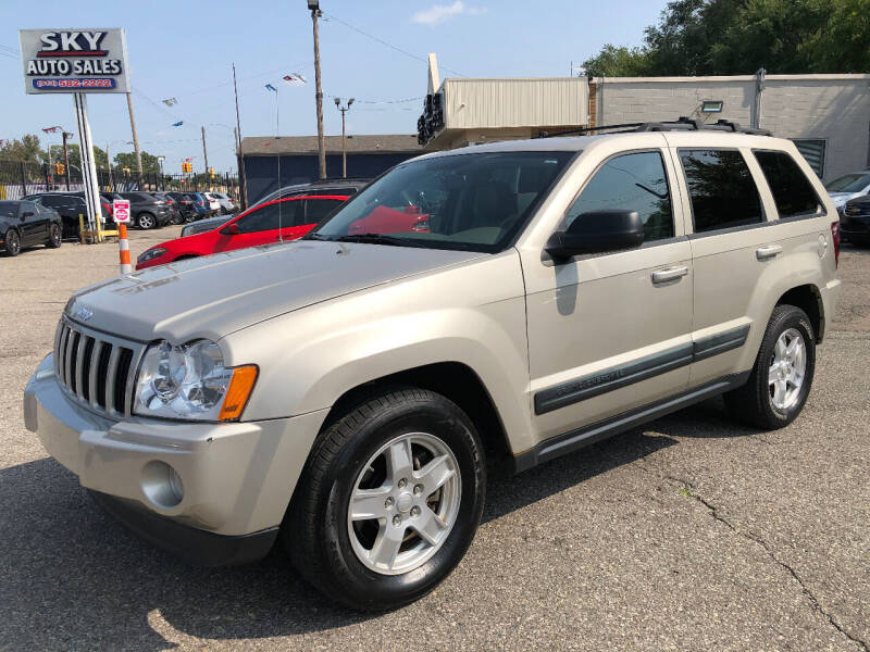 2006 Jeep Grand Cherokee for sale at SKY AUTO SALES in Detroit MI
