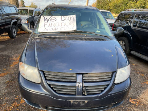 2007 Dodge Grand Caravan for sale at Continental Auto Sales in White Bear Lake MN