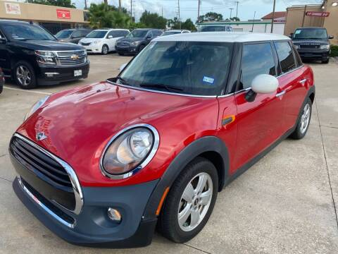 2015 MINI Hardtop 4 Door for sale at Houston Auto Gallery in Katy TX