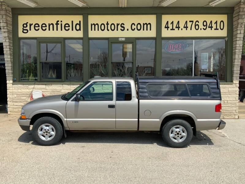 2002 Chevrolet S-10 for sale at GREENFIELD MOTORS in Milwaukee WI