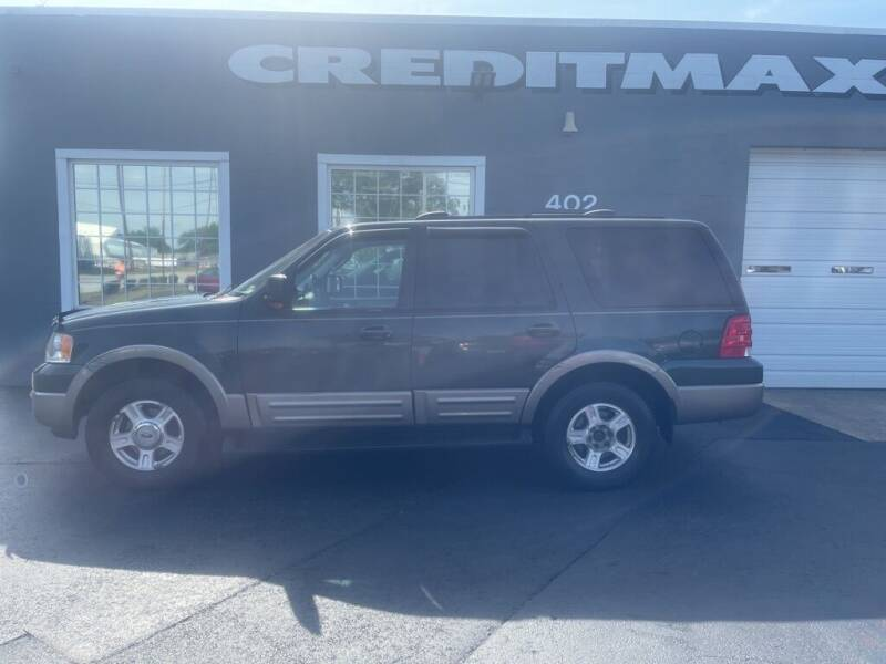 2003 Ford Expedition for sale at Creditmax Auto Sales in Suffolk VA