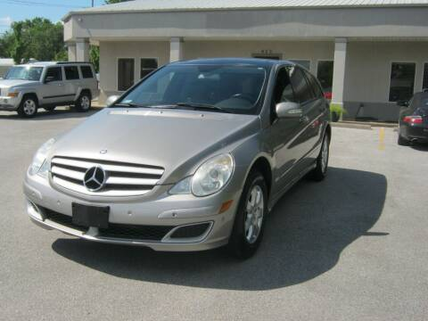 2006 Mercedes-Benz R-Class for sale at Premier Motor Co in Springdale AR