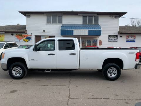 2008 GMC Sierra 2500HD for sale at Twin City Motors in Grand Forks ND