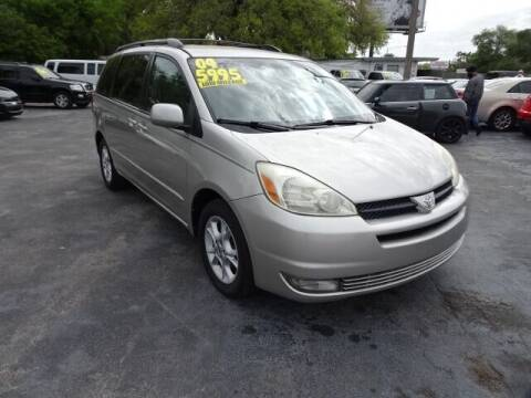 2004 Toyota Sienna for sale at DONNY MILLS AUTO SALES in Largo FL