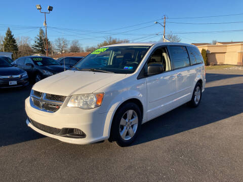 2013 Dodge Grand Caravan for sale at Majestic Automotive Group in Cinnaminson NJ