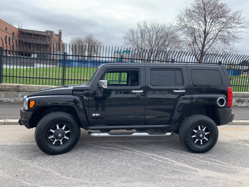 2006 HUMMER H3 for sale at Bob & Sons Automotive Inc in Manchester NH
