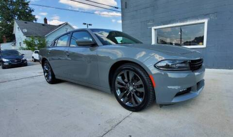 2018 Dodge Charger for sale at Julian Auto Sales, Inc. in Warren MI