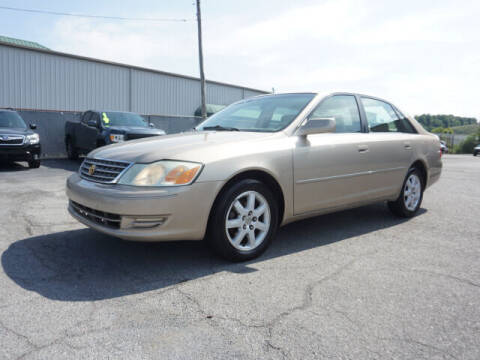 2004 Toyota Avalon for sale at CHAPARRAL USED CARS in Piney Flats TN