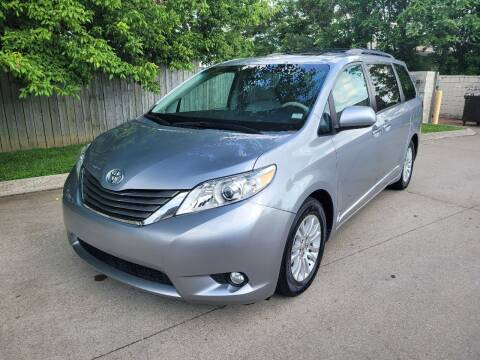 2013 Toyota Sienna for sale at Harold Cummings Auto Sales in Henderson KY